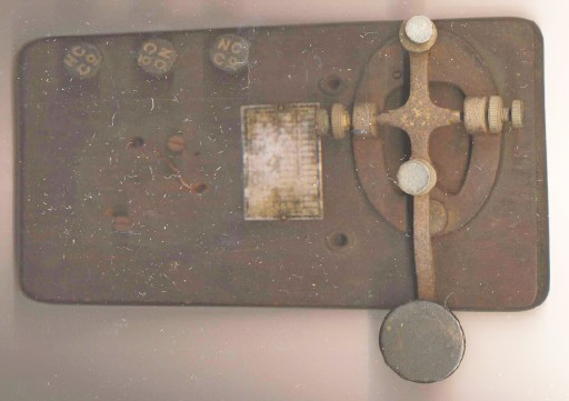 Vintage Signal Electric Mfg Co Telegraph Key