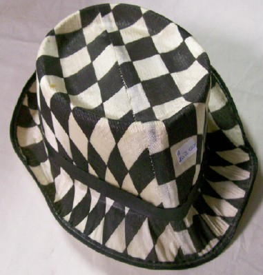 195? Indy 500 Indianapolis Speedway Souvenir Checkered Straw Hat