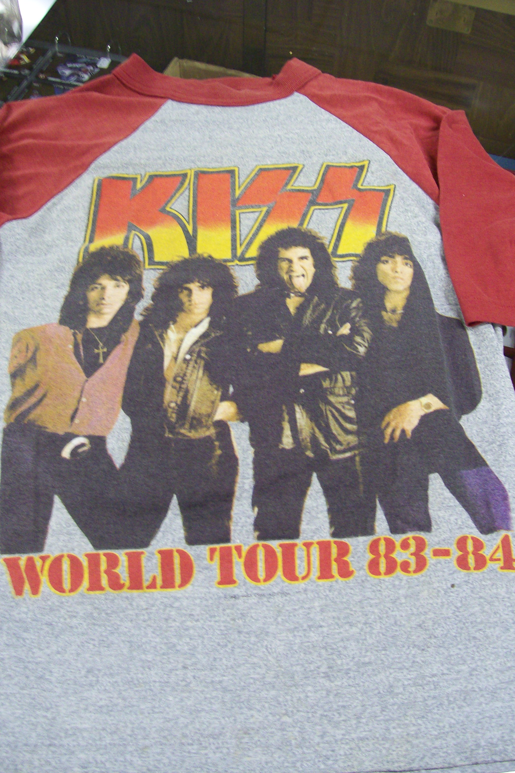 Kiss World Tour T-Shirt 1983-84 Sportswear Small 34-36 No masks