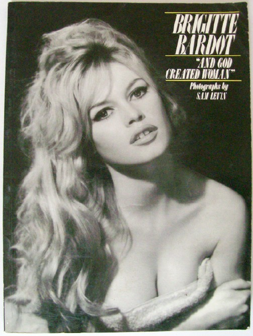 1983 Brigitte Bardot Photo Biography