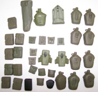 GI Joe 35-Piece Accessory Lot - Canteens Ammo Packs ++