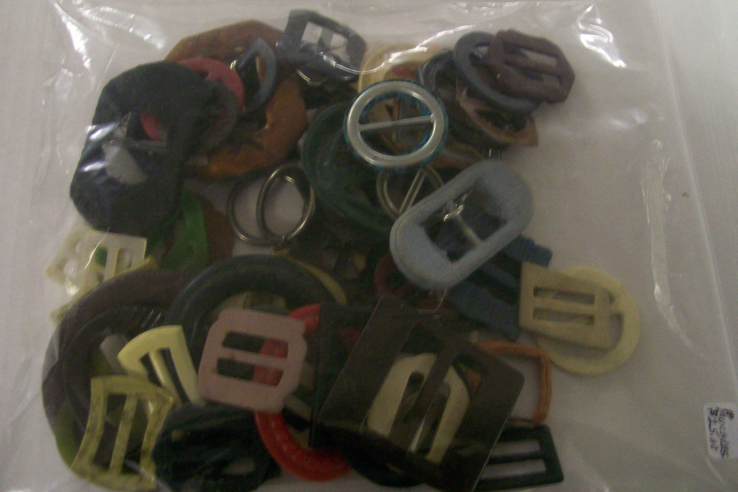 Lot of 45 older Beltbuckles. Plastic, Cellouid, MOP & Etc.