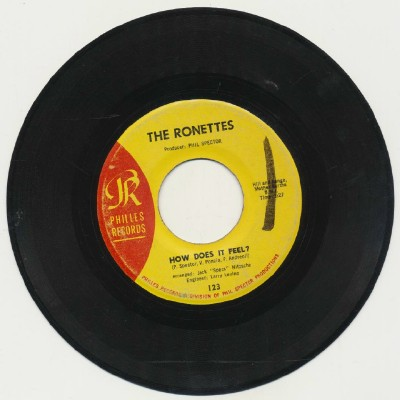 How Does It Feel + Walking In The Rain - The Ronettes