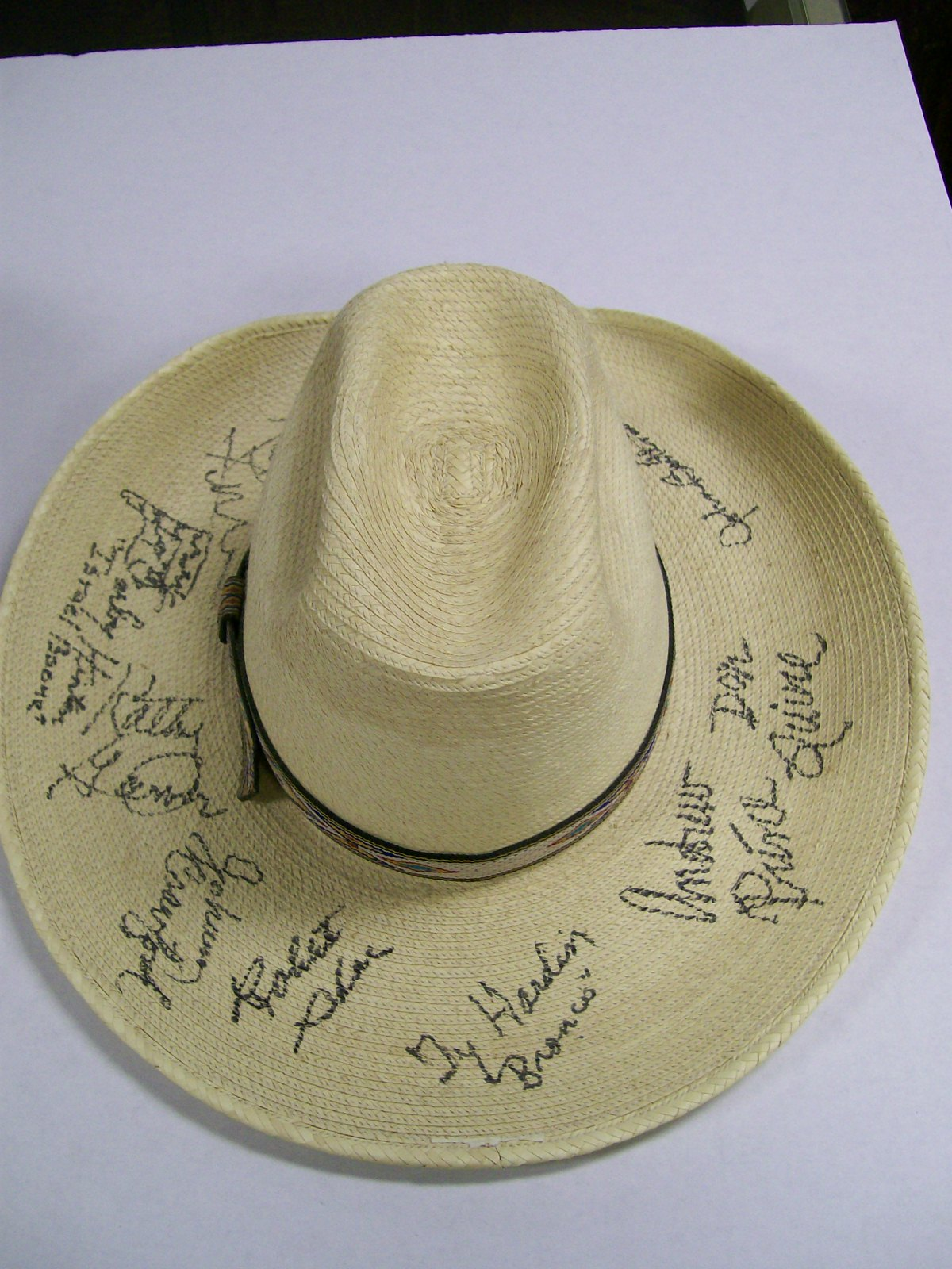 Ty Hardin Woven Straw Hat Autographed by 10 Stars 5/7/05