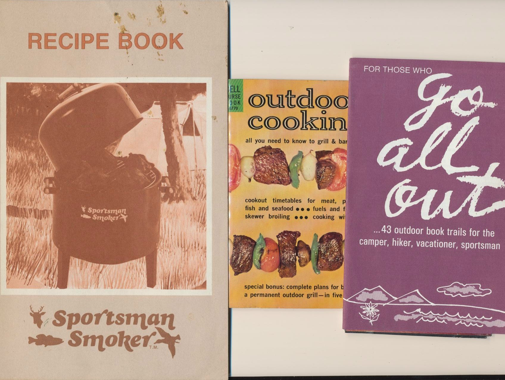 1960s-70s Outdoor Cooking Grill & Barbecue Cook Book Lot