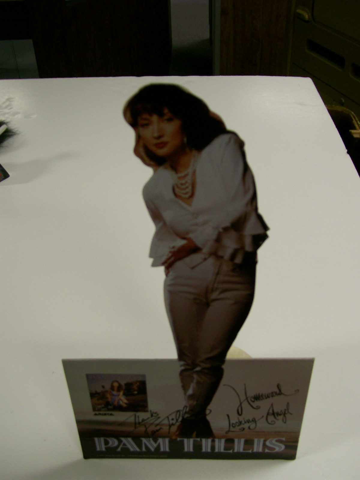 Pam Tillis Counter Standup for Homeward Looking Angel/Autographe