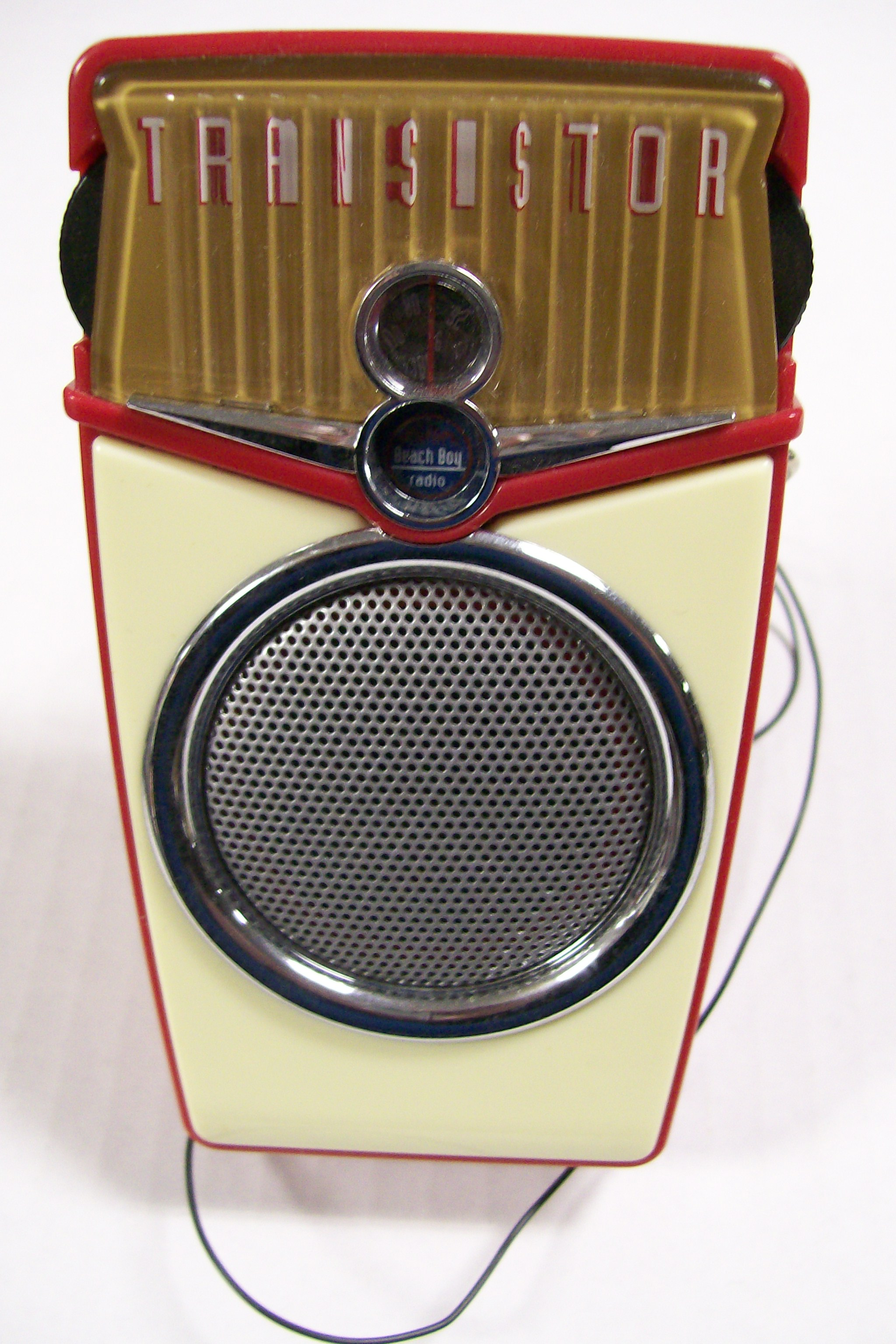 Beach Boy Transistor AM/FM Radio 2XAA Battery/ Older