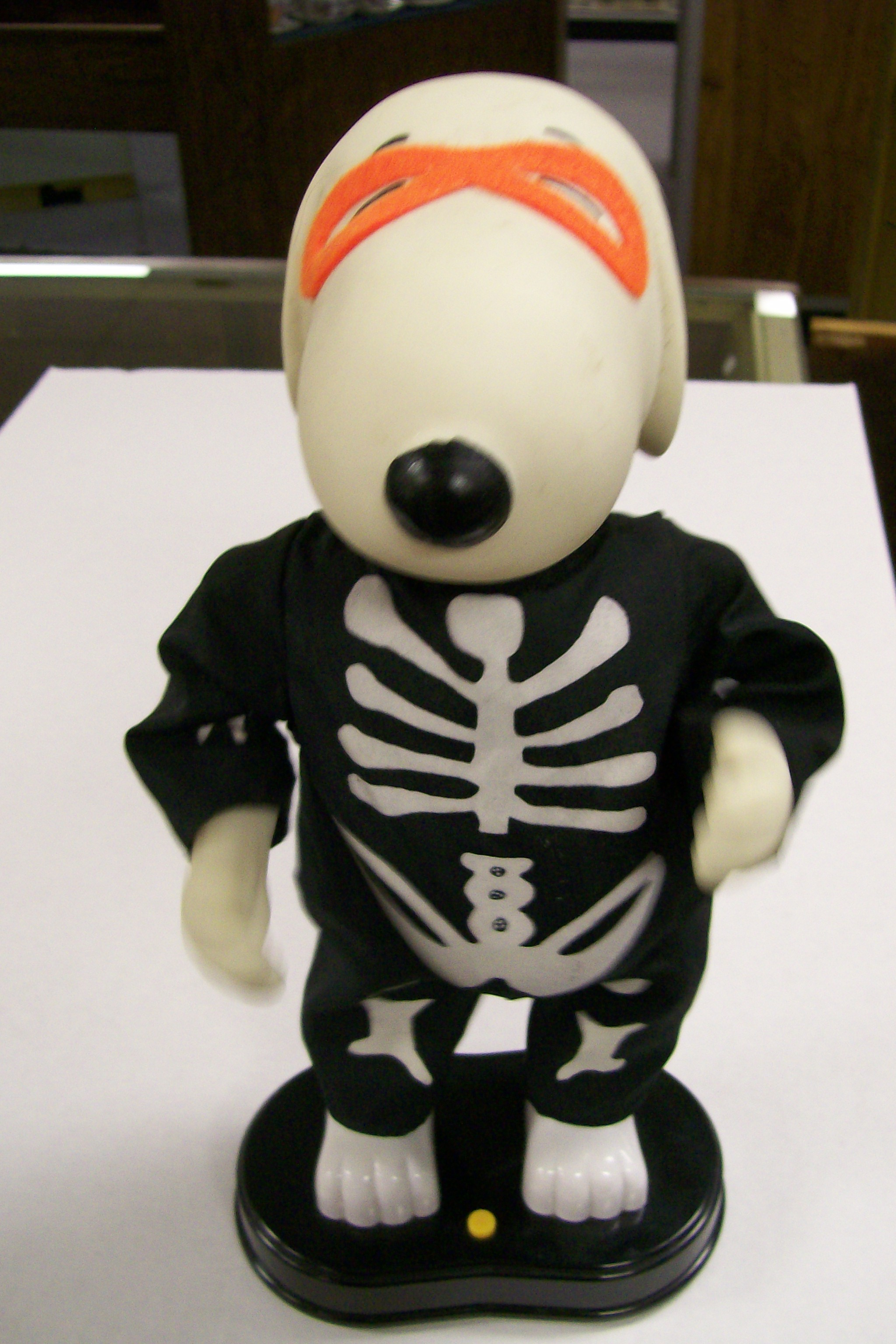 "14"" High Snoopy Music Doll that Dances-Peanuts Hard Plastic"