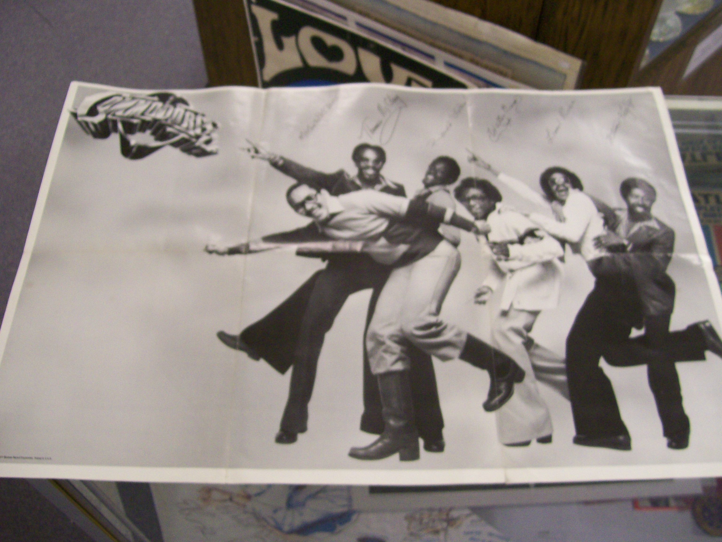 Commodores Motown Poster 2 FT. X 3 FT. 1977 Signed by Group