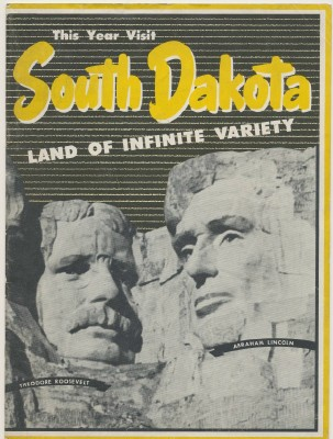 1940s South Dakota Tourist Booklet + Crazy Horse Memorial Flyer