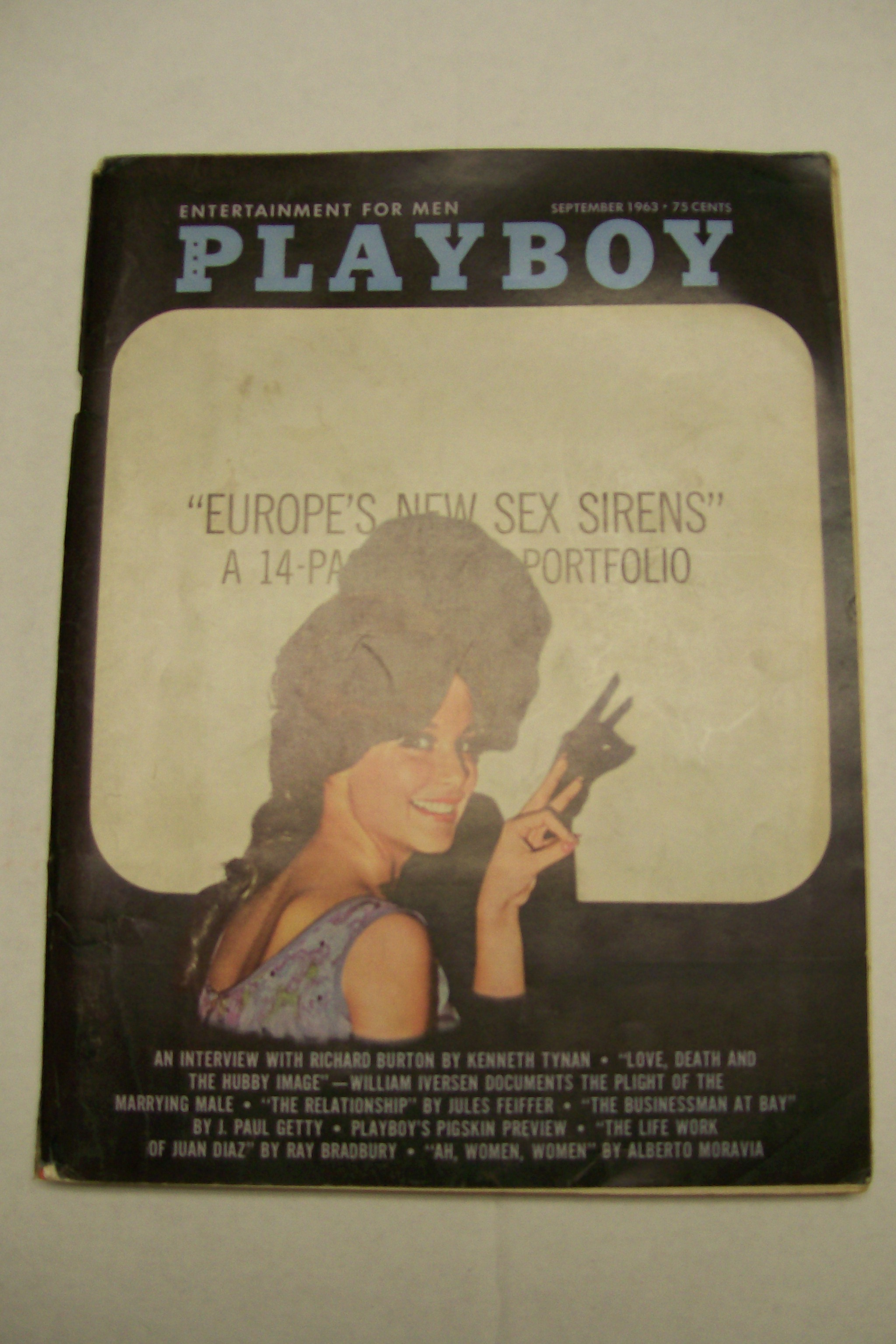 Playboy Magazine Seot.1963 Complete with Centerfold